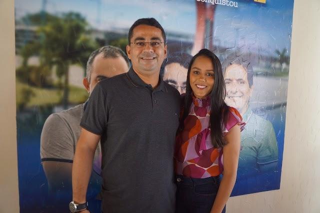 Secretária de educação e primeira-dama de Ribeira do Pombal, Aline Silva, comenta sobre aniversário da cidade