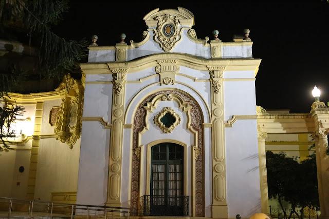 Fachada lateral del Casino de la Exposición