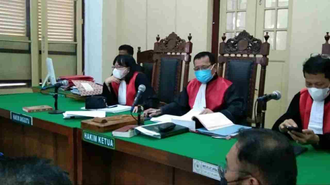 Ditanya Hakim dan PH Terdakwa Terkait Tandatangan Surat Hibah, Saksi Jong Nam Liong Lupa