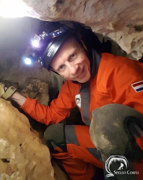 Κέρκυρα: Στα άδυτα των σπηλαίων του νησιού