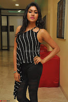 Akshida in Black Tank Top at Kalamandir Foundation 7th anniversary Celebrations ~  Actress Galleries 007.JPG