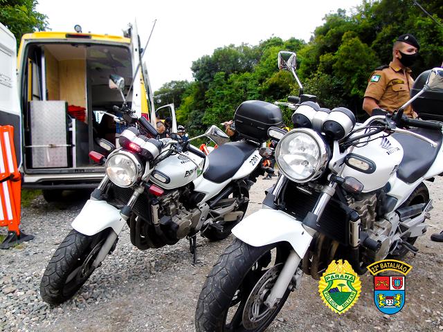 Policia Militar realiza operação para apreender motos barulhentas em Colombo