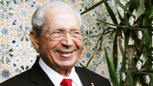 عائلة رئيس الجمهورية السابق محمد الناصر تنفي خبر وفاته