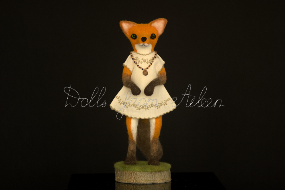 ooak needle felted fox sculpture, full size front view