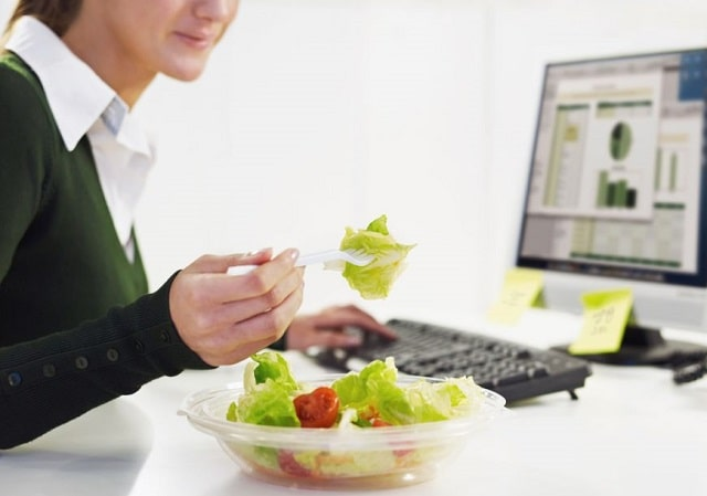 how to promote healthy employee food choices office eating