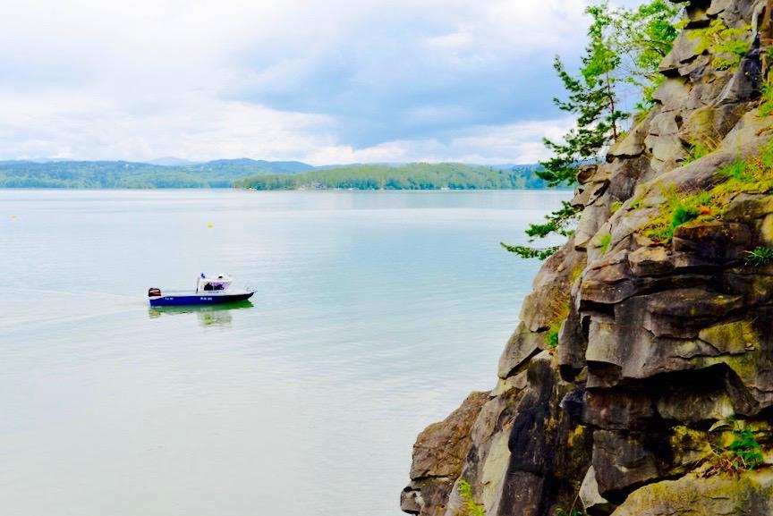 Bieszczady  Zapora wodna w Solinie Jezioro Solińskie