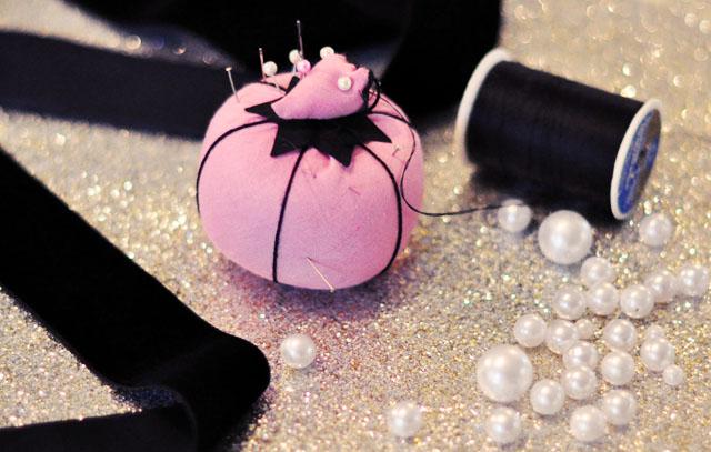 DIY pearl velvet ribbon