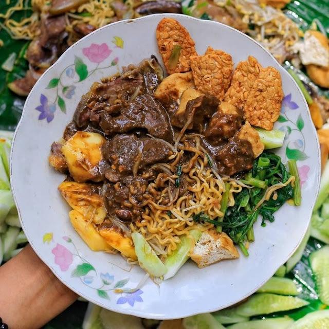 Rujak Cingur Favorit di Surabaya