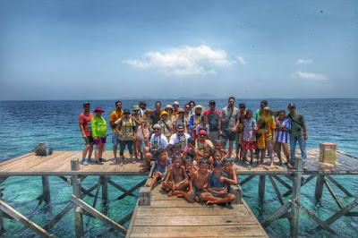 Di Pulau Papagarang setelah menanam bakau