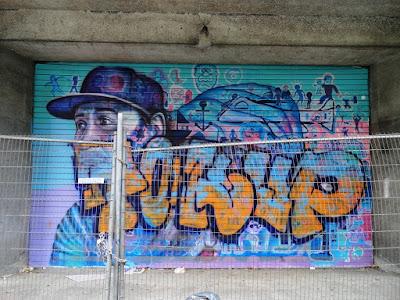 graffiti en gare de bruxelles midi