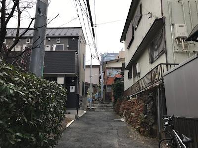 高田馬場の路地