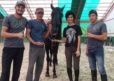 cesur ve güzel kazakistan eğitmenleri