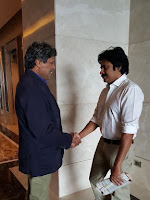 Pawankalyan with Kapil Dev-cover-photo