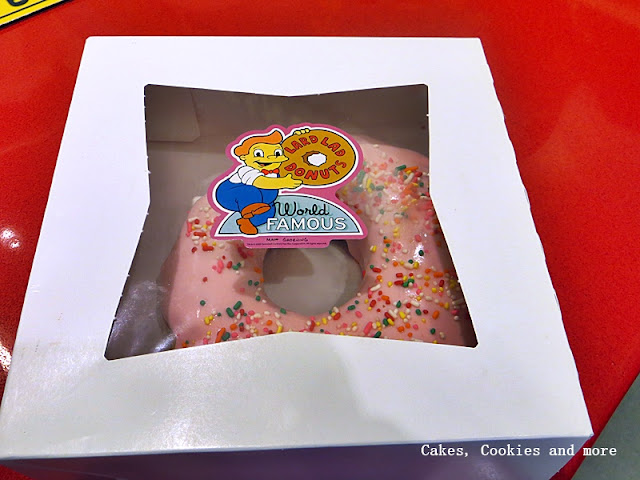 World Famous Donuts from Lard Lad Donuts - Universal Studios Florida