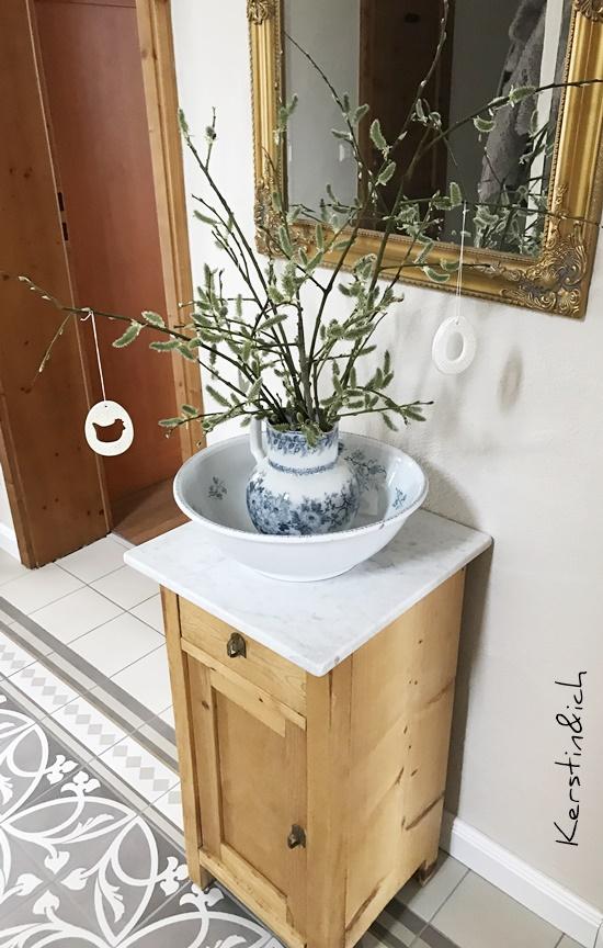 Blick durchs Schlüsselloch Deko Flur Waschschüssel Vintage Landhaus