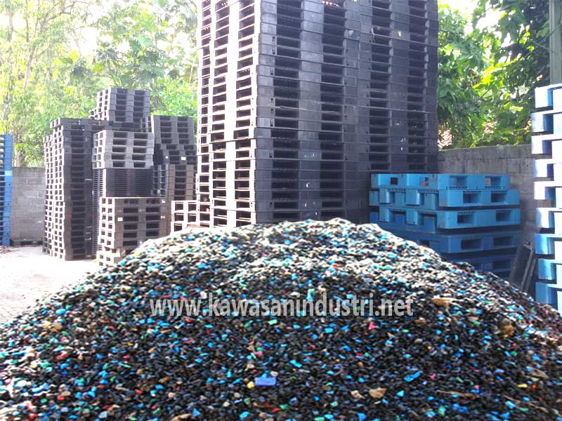 limbah pallet plastik bekas