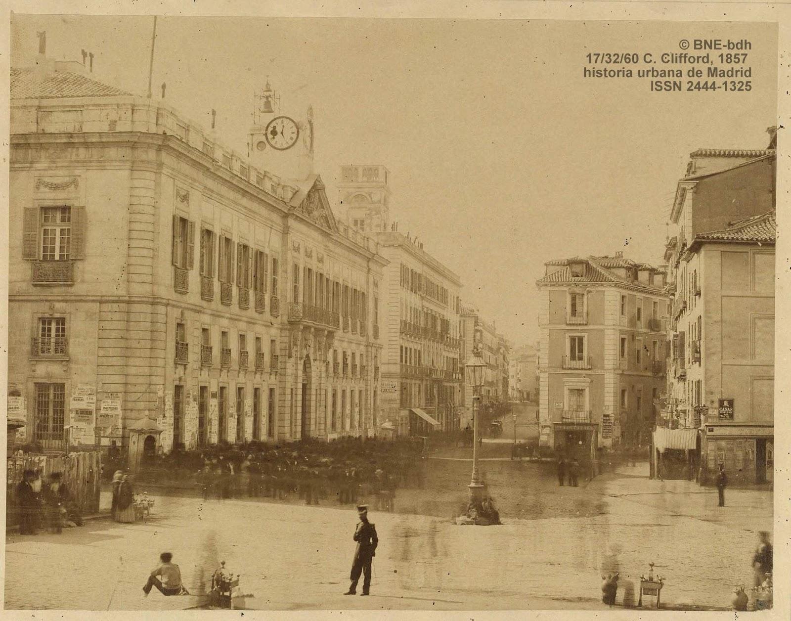 Historia urbana de madrid el reloj de la puerta del sol for Puerta del sol hoy en directo