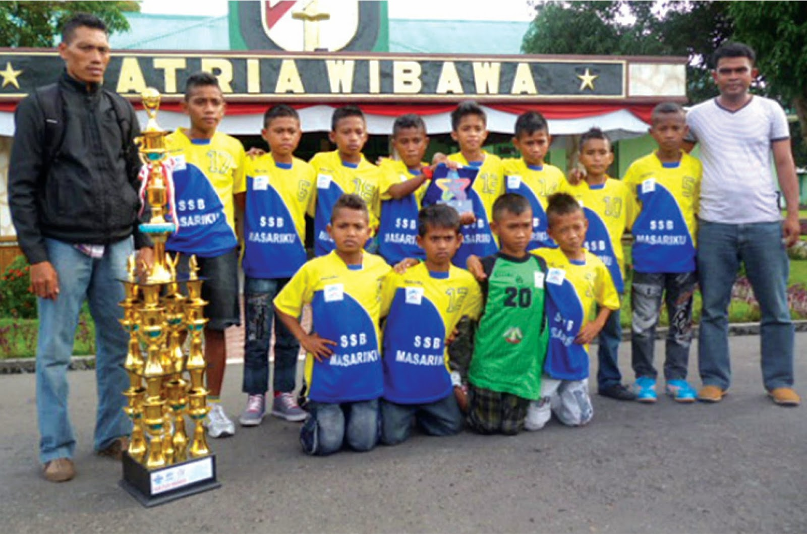 Prestasi Anak Indonesia Tingkat Smp Info Pendaftaran Siswa Baru Psb Ppdb Smasmksmp 2015 Sinara Maluku Prestasi Pesepak Bola Belia