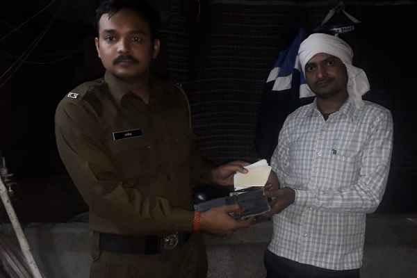 faridabad-police-sipahi-rakesh-news-in-hindi