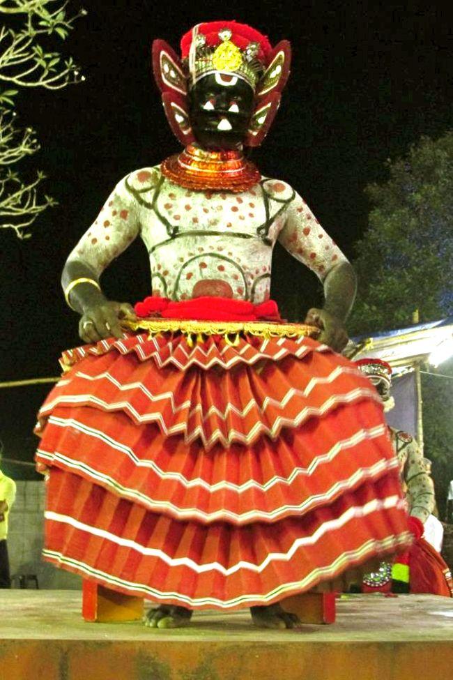Angakkaran Theyyam