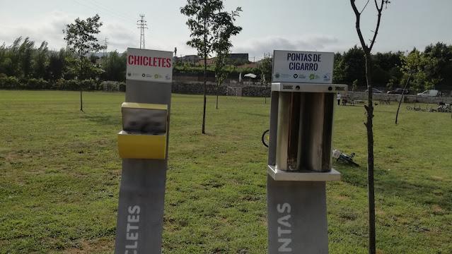 locais para depositar chicletes e beatas de cigarro
