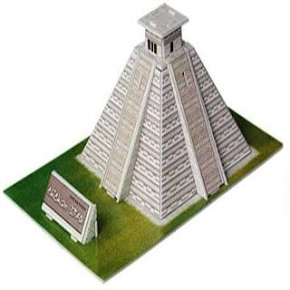Modelo Multicolor pirámide Maya