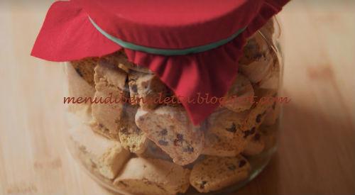Ricetta Krumiri Benedetta Rossi.Cantucci Con Gocce Di Cioccolato Ricetta Benedetta Rossi Da Fatto In Casa Per Voi