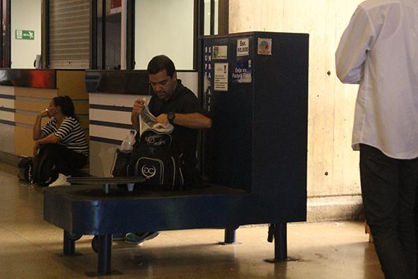 Régimen cerró embaladoras de maletas del Aeropuerto de Maiquetía