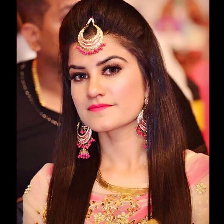 Singer kaur b new photos oh puhlease - Kaur b pics hd ...