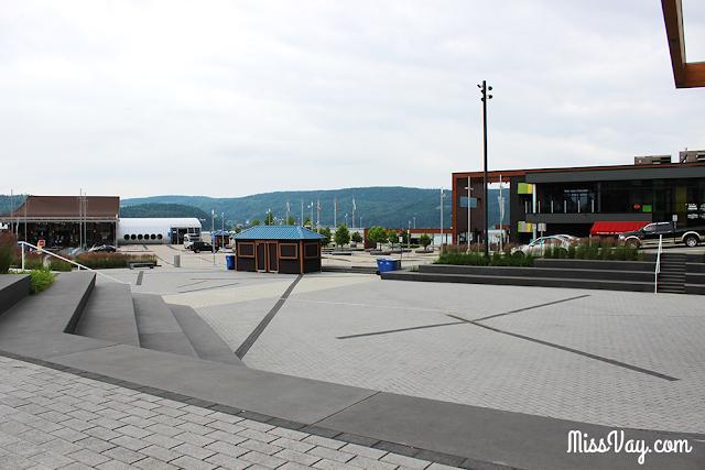 La Baie Saguenay port parc mars