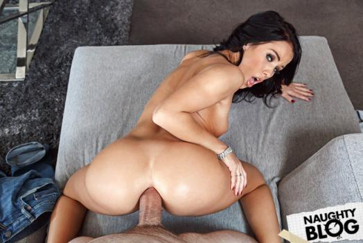 Naughty America – Megan Rain: Virtual Reality