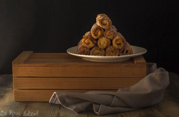 Canutillos de torrija rellenos de crema de cacao y avellanas #sinlactosa