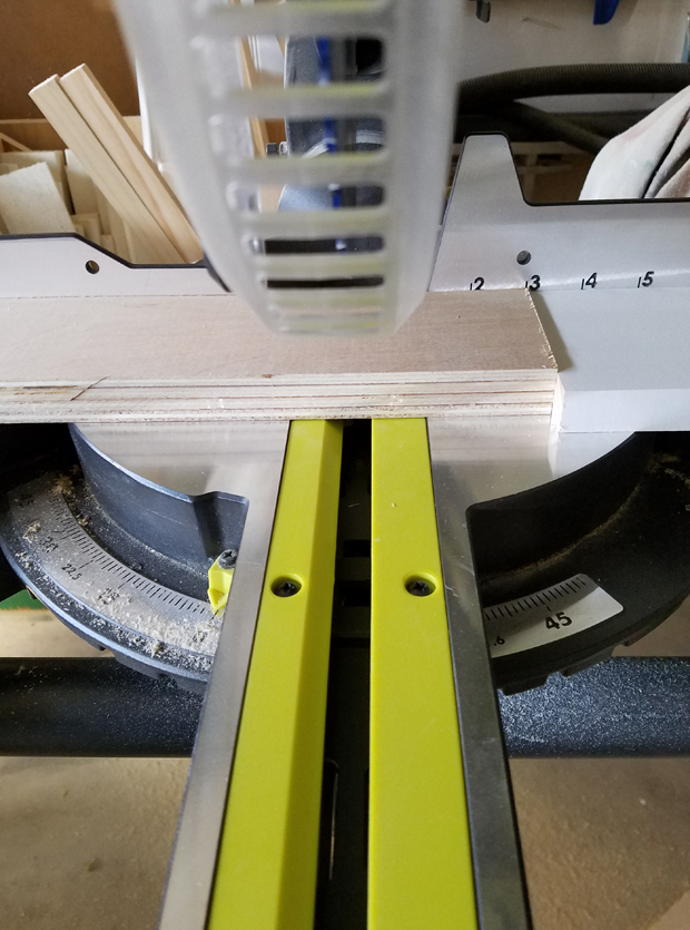 Ryobi miter saw for cutting squares and triangles for wooden quilt