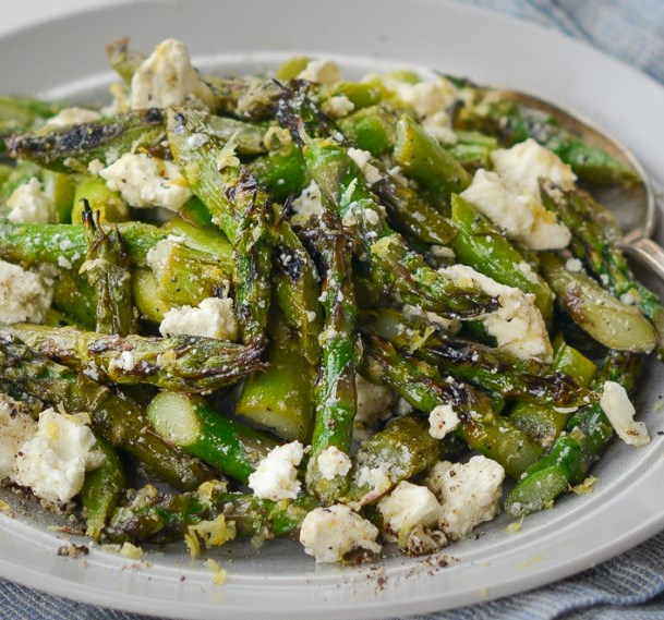 Grilled Asparagus Salad with Lemon & Feta #vegetarian #glutenfree