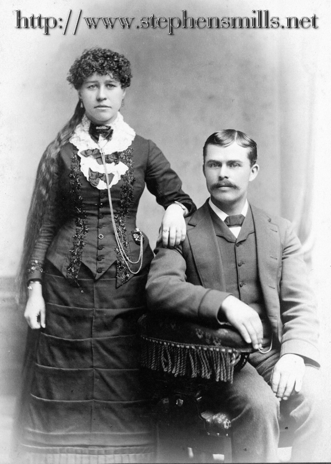old photo of Clara Whitman and Mellen Hathaway of Woodstock, Maine