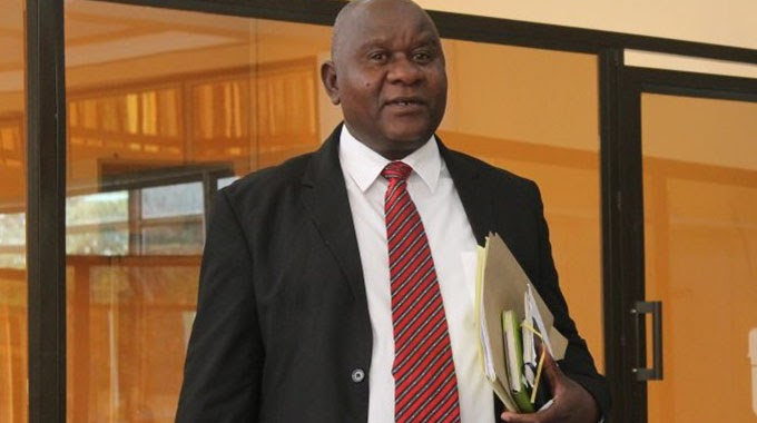 NewsdzeZimbabwe: ZIFA BOSSES SUSPENDED - NewsdzeZimbabwe