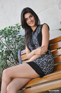 Kriti Sanon, Indian Actress, Hot Actress, Bollywood actress, New ASctress