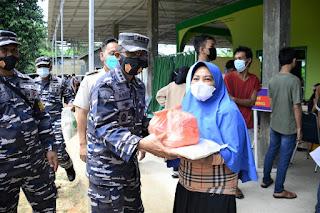 Lantamal IV Kembali Gelar Serbuan Vaksin Tahap II di Kampung Bahari Nusantara