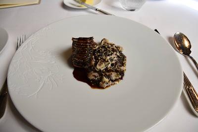 Cochon, algue nori, huitre, bulot, restaurant le Gabriel (8 -ème), blog Délices à Paris.