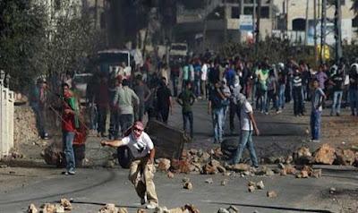 عشرات المصابين الفلسطينيين فى مواجهات مع قوات الاحتلال شمال بيت لحم