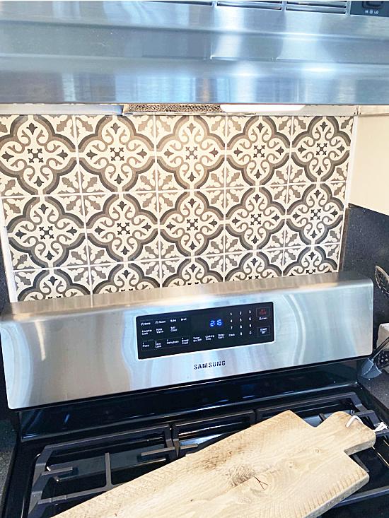 Finished stove backsplash