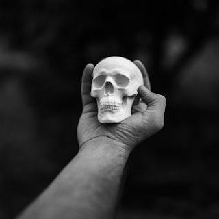 Puisi Sedih Tentang Kematian
