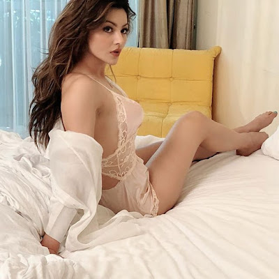 Indian film actress Urvashi Rautela latest news | Tophubz