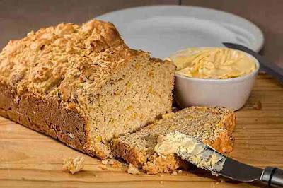 ما هي السعرات الحرارية في خبز الذرة