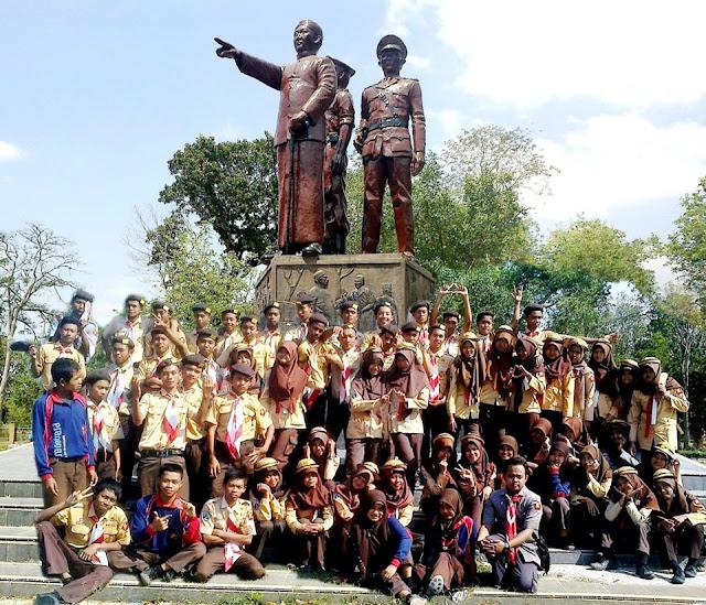 Download Soal Sejarah Kelas 11 Semester 2 Kurikulum 2013