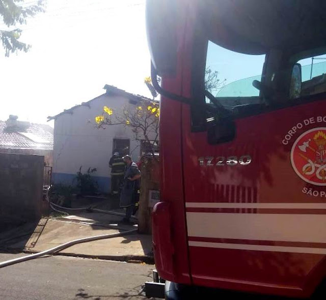 Armado com faca, homem põe fogo na própria casa em Adamantina