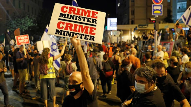 Israelíes asisten a nueva jornada de protesta contra Netanyahu