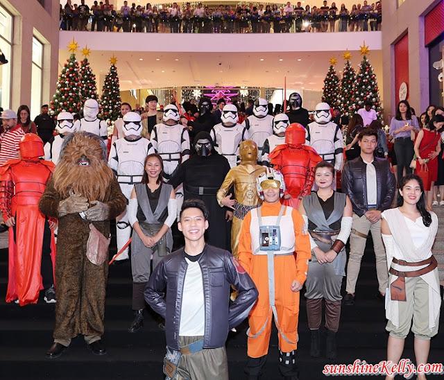 Christmas 2019, Star Wars, Pavilion KL, Malaysia Shopping Malls, Christmas Decorations, Largest Millennium Falcon Replica, Lifestyle