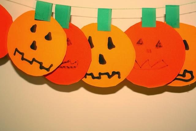 Paper pumpkin #craft #halloween
