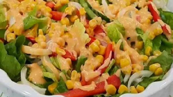 How to make a salad of french fries and corn